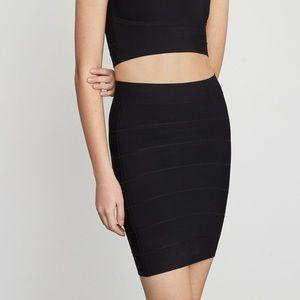 BCBGMAXAZRIA Simone Textured Power Skirt, XS